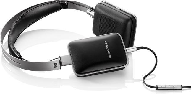 Harman Kardon BT review wall