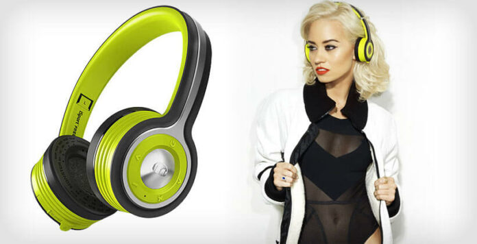 Monster iSport Freedom review koptelefoon wall