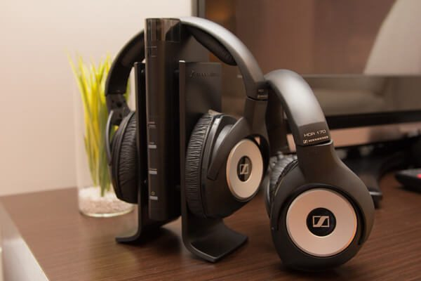 Sennheiser RS 170 review wall