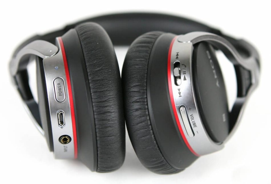 Sony MDR-10RBT close