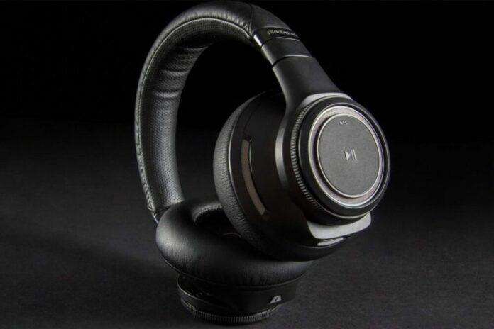 hoofdtelefoon Plantronics BackBeat Pro review wall