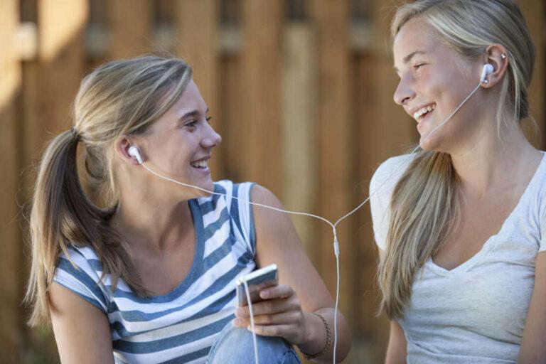 Waarom veroorzaken oordopjes gehoorschade en hoe kan je het voorkomen?